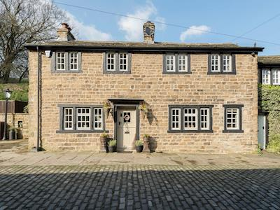 Impressive stone built property on a quiet cobbled street | Narrowgates Cottage, Barley, near Barrowford