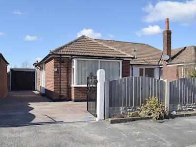 Semi-detached holiday bungalow | Robin's Nest, Hoghton, near Preston