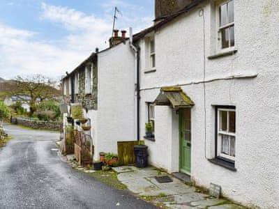 Characterful 18th century Lakeland cottage | Couter Cottage, Chapel Stile, near Ambleside