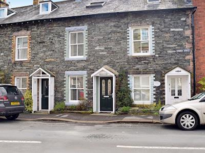 An attractive, traditional Lakeland stone terraced cottage | The Retreat (Keswick) , Keswick