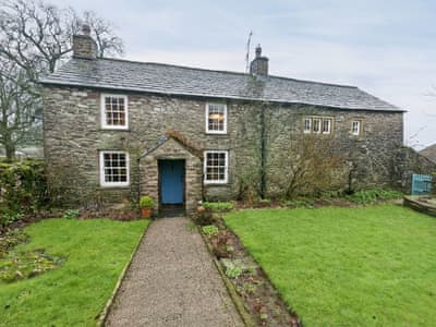 Historic detached Grade II listed farmhouse | Townend Farm, Little Asby near Appleby-in-Westmorland