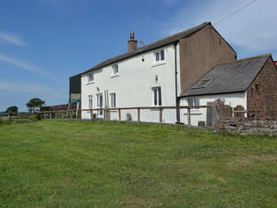 Imposing detached former farmhouse | Farm Cottage - Springfield Farm Cottages, Bigrigg, near Egremont