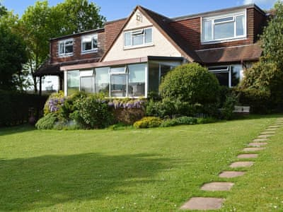 Ground floor holiday accommodation for couples | Clip Clops, Findon, near Worthing