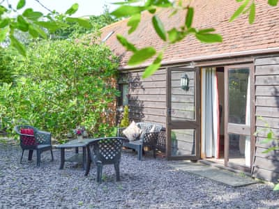Delightful holiday cottage | Wheelwrights - High House Holiday Cottages, Hooe, near Battle