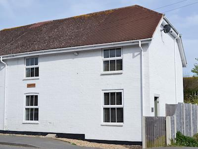 Semi-detached holiday home | Nyetimber Cottage, Pagham, near Bognor Regis