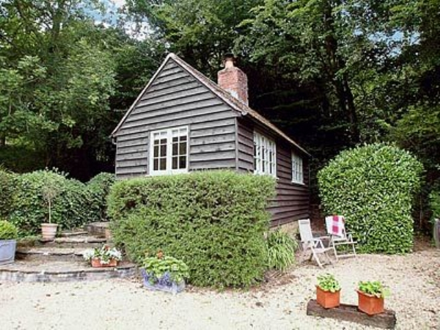 Exterior | Bumbles Cottage, Bolney, nr. Haywards Heath