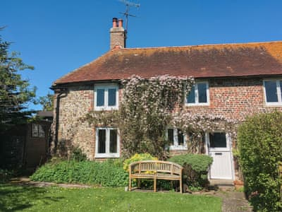 Charming grade II listed holiday cottage | Navigation Cottage, Rodmell, near Lewes