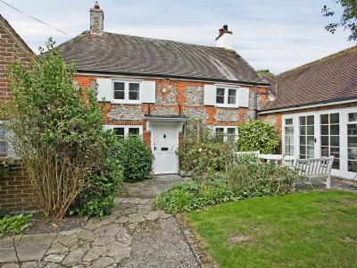 Exterior | Apple Tree Cottage, West Wittering