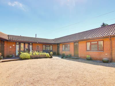 Attractive semi-detached bungalow | Irenic Lodge, Hamble