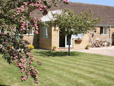 Beautiful single-storey barn conversion | Acorn Cottage, North Perrott, near Crewkerne