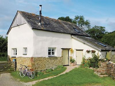 Exterior | Granny McPhee's Cottage, West Chilla, nr. Beaworthy