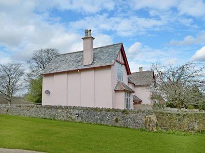 A quiet and tranquil holiday home | Buckfast Abbey Cottages - St. Benets, Buckfastleigh