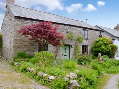 Characterful holiday home | Itchingstone Cottage, Camelford