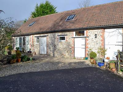 A pair of beautifully restored former farm buildings | Cider Barn, Apple Cottage - Lakehayes Cottages, Tatworth, near Chard