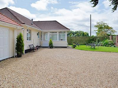 Exterior | Cleeve Cottages - South Cleeve Bungalow, Churchinford, nr. Taunton