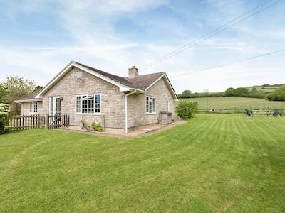 Wonderful detached bungalow with large garden | Venn Orchard, North Chideock, near Bridport