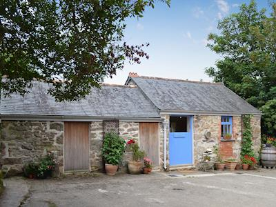 Lovely single-storey converted barn | The Blue Door Barn, St Erth, near Hayle