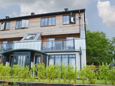 Wonderful contemporary townhouse in a peaceful location | Isambard's Retreat, Lostwithiel