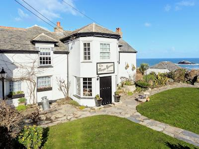 Exterior | Manor House, West Pentire