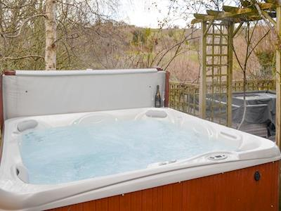 Inviting hot tub | Middle Wicket, Trusham, near Newton Abbot