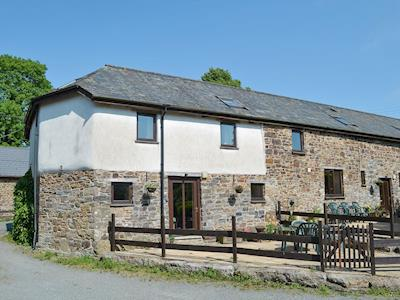 Rural stone-built holiday cottage | The Lodge - Week Farm Cottages, Bridestowe, near Okehampton