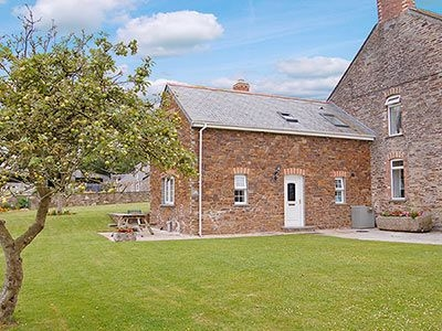 Exterior | Cannalidgey Cottages - The Wash House, St Issey, nr. Padstow