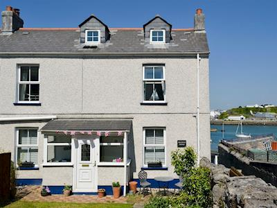 Lovely, semi-detached, coastal cottage | Providence Cottage, Turnchapel, near Plymouth