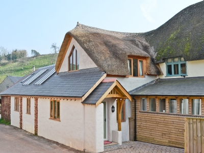 Exterior | The Swallows, Combeinteignhead, nr. Stokeinteignhead