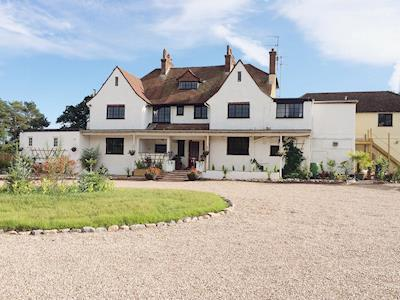 Substantial country house | Long Range, Whimple, near Exeter
