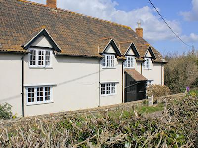 Charming 250 year old farmhouse in South Somerset | Dairy House Farm, Bickenhall, near Taunton