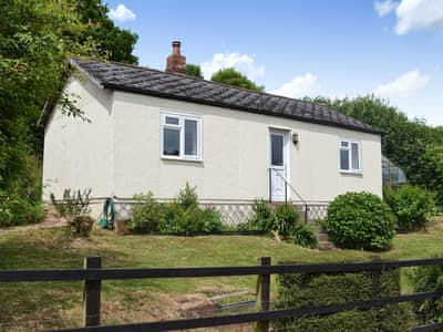 Lovely, quiet, detached single storey holiday property | Little Edbury, Pennymoor, near Crediton