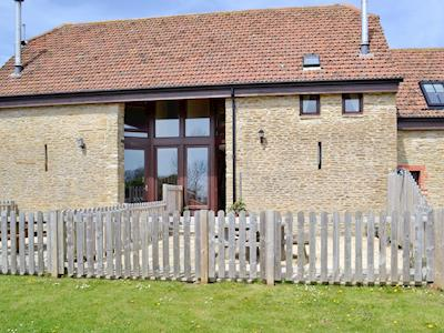Impressive stone built holiday home | Chesil Cottage - Coastline Cottages, Chickerell, near Weymouth
