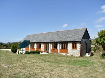 Lovely single-storey barn conversion | Fossils' End, Chickerell, near Weymouth
