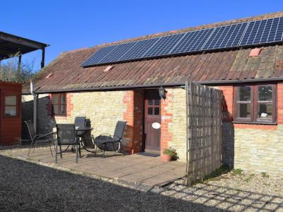 Delightful holiday home | Cowslip - Hackthorne Farm Cottages, Templecombe, near Yeovil