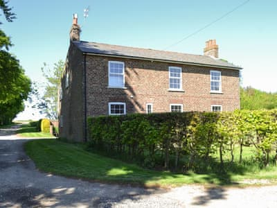 Wonderful and spacious holiday home | The Hind House, Cottam, near Driffield