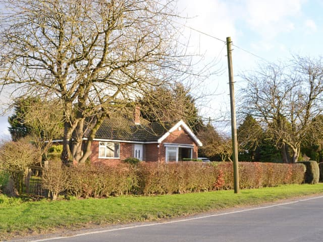 Prime Holiday Cottage In North Frodingham Near Driffield With 2 Download Free Architecture Designs Embacsunscenecom