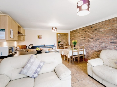 Open plan living/dining room/kitchen | Filey Holiday Cottages - Close Cottage, Filey