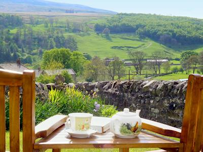 Pretty garden with wonderful view of the countryside | Dale View, Buckden, near Skipton