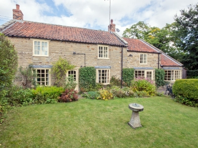 Exterior | Beck Garth Cottage, Hutton-le-Hole, nr. Kirkbymoorside