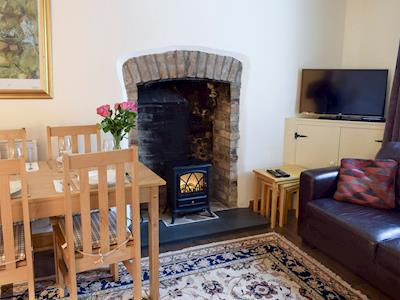Cosy living and dining room | Bargate, Richmond