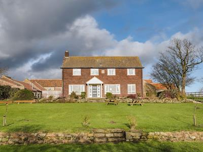 Stunning family house set in acres of Yorkshire countryside | Scalby Lodge Farm - Lodge Farmhouse - Scalby Lodge, Scalby, Scarborough