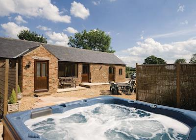 Hot tub | Amberleigh, Sutton-under-Whitestonecliff, nr. Thirsk