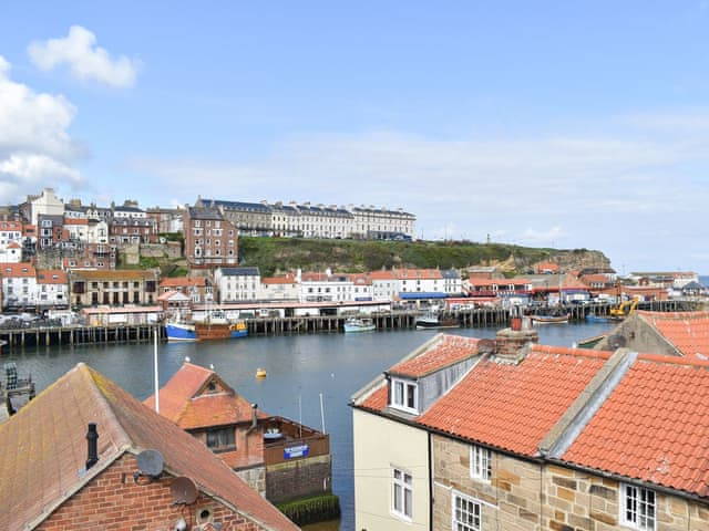 Holiday Cottage In Whitby With Golf Nearby 3 Bedrooms For Rent