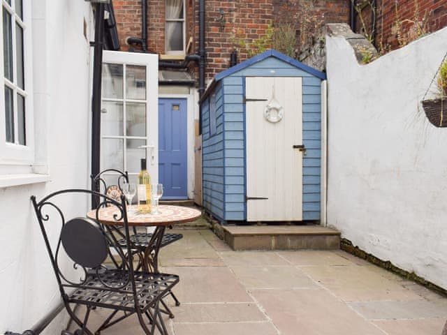 Enjoyable Holiday Accomodation In Whitby With 1 Bedroom For Rent Download Free Architecture Designs Licukmadebymaigaardcom